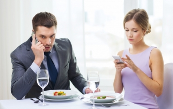 How 'Phubbing' with Smart Phones is Ruining Relationships